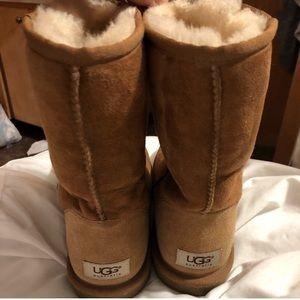 UGG • Boots
